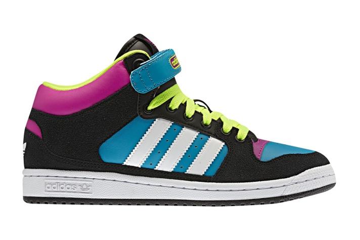 Bota Decade Mid, de Adidas